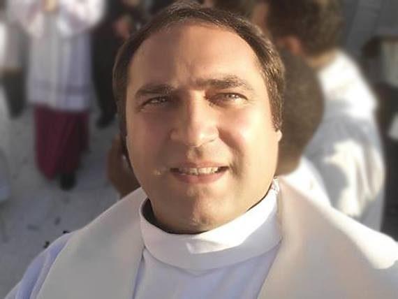 Pr. Adrian Doboș