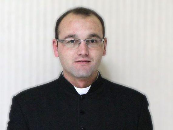 Pr. Pușcașu Cristian