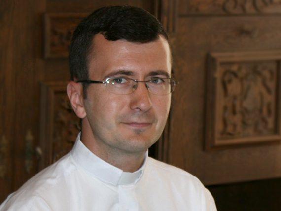 Pr. Petru Medveș